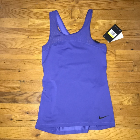 0229883deca435 Nike Pro Hypercool Women s Tank Top
